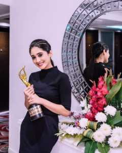 Shivangi Joshi Kalakar Awards 2019