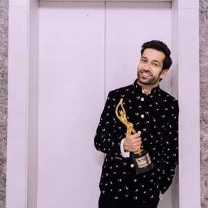 Nakuul Mehta kalakar awards 2019