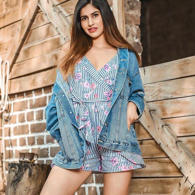 Sakshi Malik Model