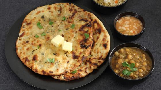 amritsari kulcha punjabi food