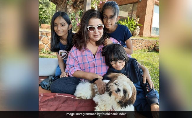 Farah Khan's epic reply to troll who put her triples to shame